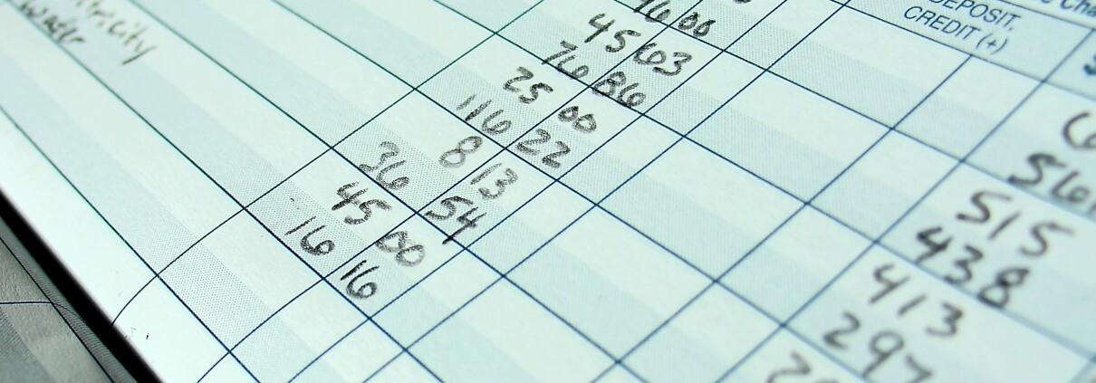 Balancing a Checkbook - Complete Controller